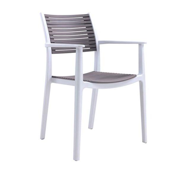 Пластмасов -стол -градина