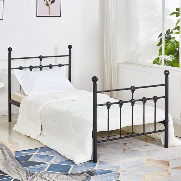 Метално-легло
