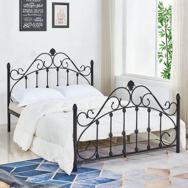 метална-спалня-черен